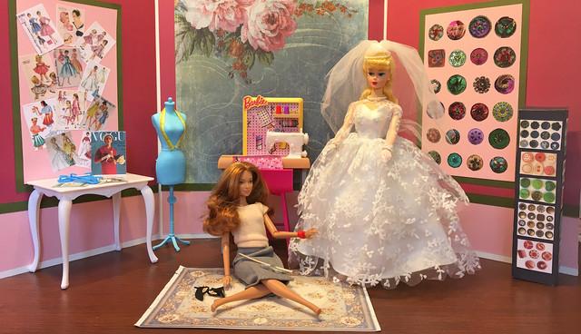 Diorama-Vintage-Dressmaker-s-Shop-6-Ex