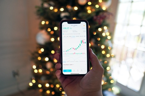 Fibonacci Retracements and Ratios in Trading Stocks