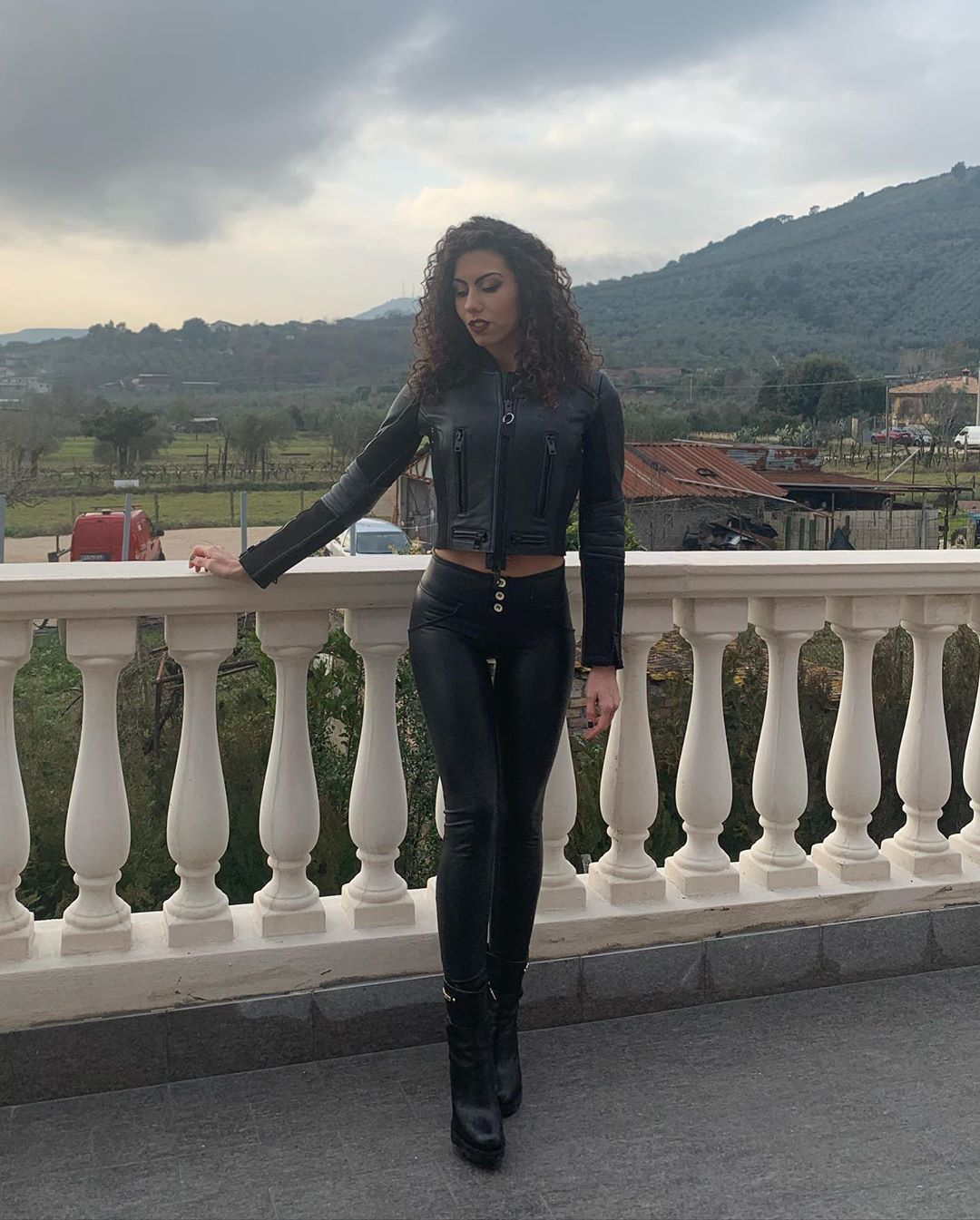 Sara-Quattrociocche-Wallpapers-Insta-Fit-Bio-1