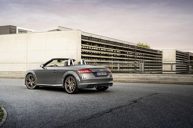 Accent sportif : l'Audi TTS competition plus A208541-medium