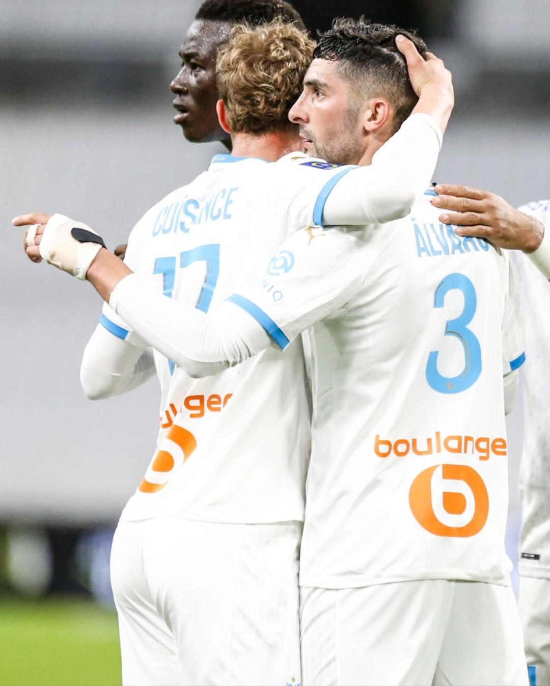[Image: Alvaro-GONZALEZ-of-Marseille-celebrate-h...ISANCE.jpg]