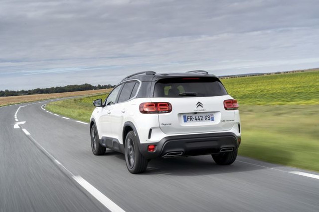 2017 - [Citroën] C5 Aircross [C84] - Page 24 9433684-F-1074-4-E95-9-F18-2-A7-E14-E2-A2-D7