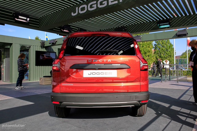 2022 - [Dacia] Jogger - Page 10 F8782-B0-C-26-E0-4733-ABED-AF53-CC0-EE172