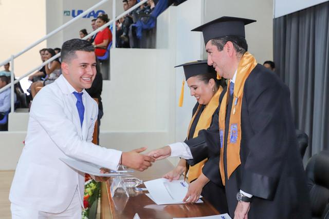 Graduacio-n-Medicina-72