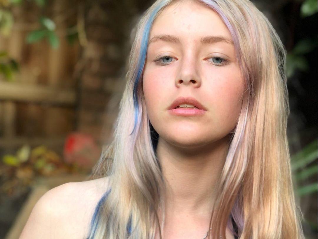 Bridget-Williams-Wallpapers-Insta-Fit-Bio-22