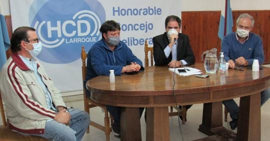 Regionales: Desde este jueves, en Larroque es obligatorio el uso del   barbijo o tapabocas