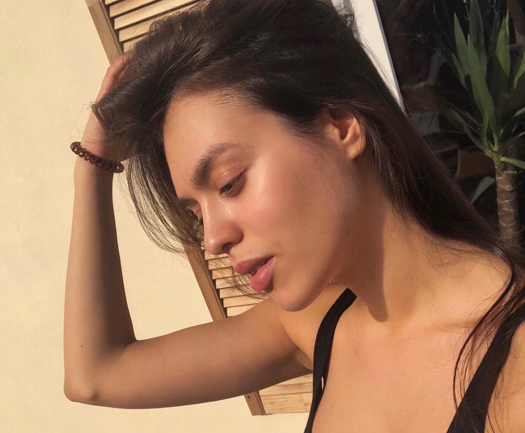 Alina-Gamidova-Wallpapers-Insta-Fit-Bio-18