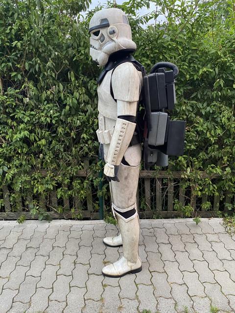 left-backpack-Kopie.jpg