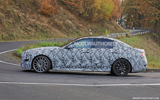 2020 - [Mercedes-Benz] Classe C [W206] - Page 8 68-B46-BDB-10-D8-4-CB4-8-C79-93-E30-AF07777