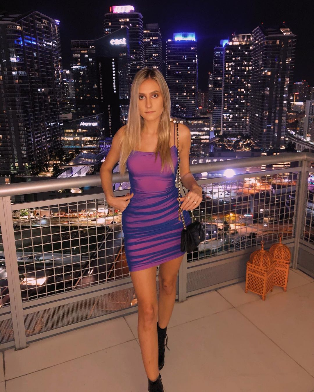 Lauren-Angelov-Wallpapers-Insta-Fit-Bio-6