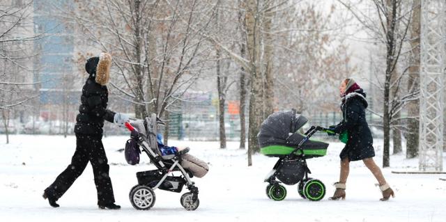 Прогулянка з новонародженим взимку