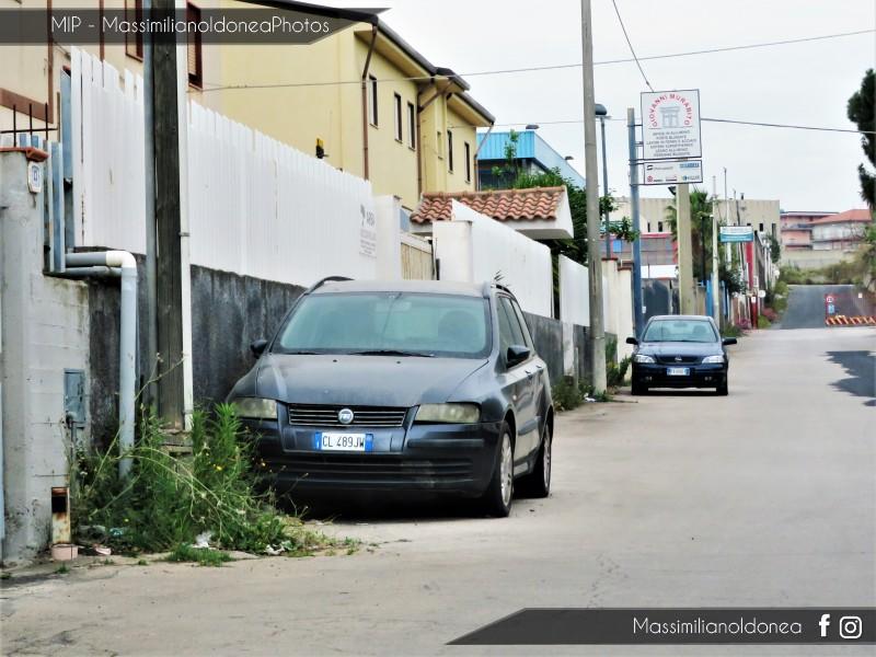 Auto Abbandonate - Pagina 13 Fiat-Stilo-Multiwagon-JTD-1-9-116cv-04-CL489-JW