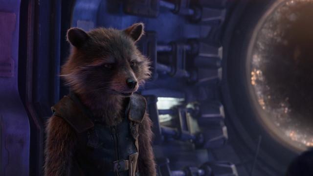 Avengers-Infinity-War-2018-Hybrid-1080p-Dual-TR-Tam-Ekran-Uzayli-mkv-snapshot-01-12-03-442