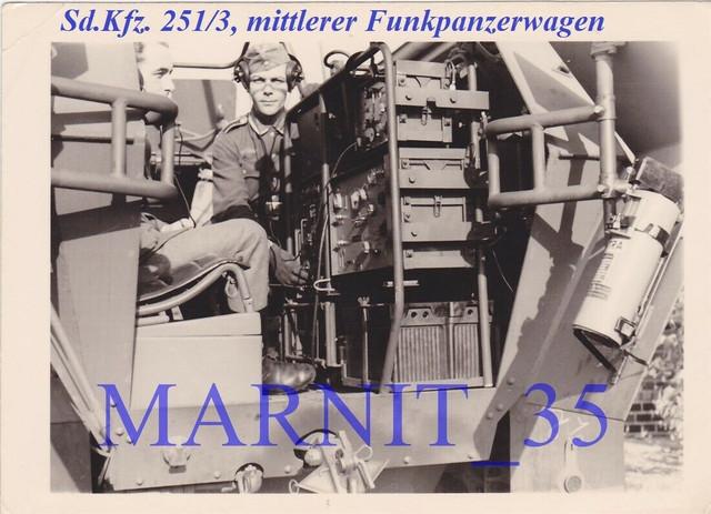 Foto-Panzer-Sturmgesch-tz-Stug-Ers-Abt-300-SDKFZ-251-3-Funkpanzerwagen-2jpg