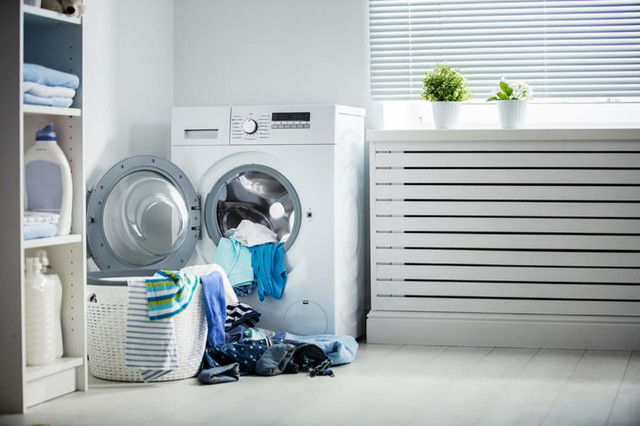 01-Lights-Laundry-Mistakes-You-Didn-t-Know-You-Were-Making-478483900-Evgeny-Atamanenko-760x506