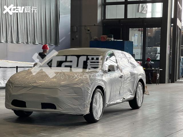 2021 - [Citroën] C5X  [E43] FCD7-E40-F-52-AF-43-DF-8-C0-D-659-CA42523-B0