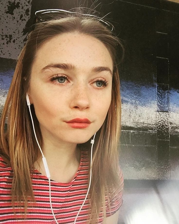 Jessica-Barden
