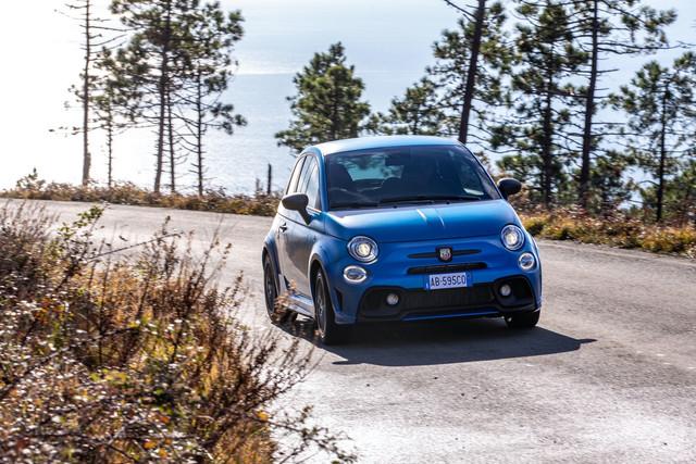 2015 - [Fiat] 500 Restylée - Page 24 F45-B91-C4-A24-E-499-F-AF00-9-ABE7-C3-A727-F