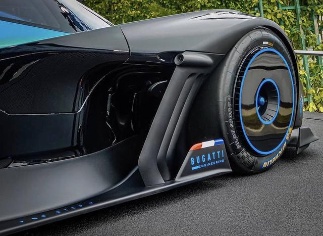 2020 - [Bugatti] Bolide concept 5-D53734-F-4-BF5-411-A-8-CB2-F2-C00-A9559-A5