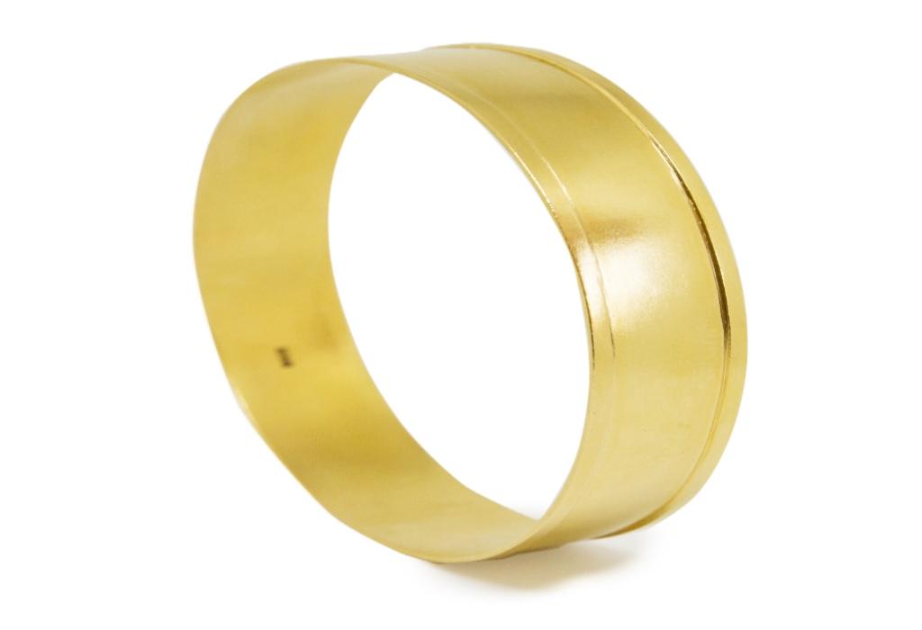 Elegant Metal Gold