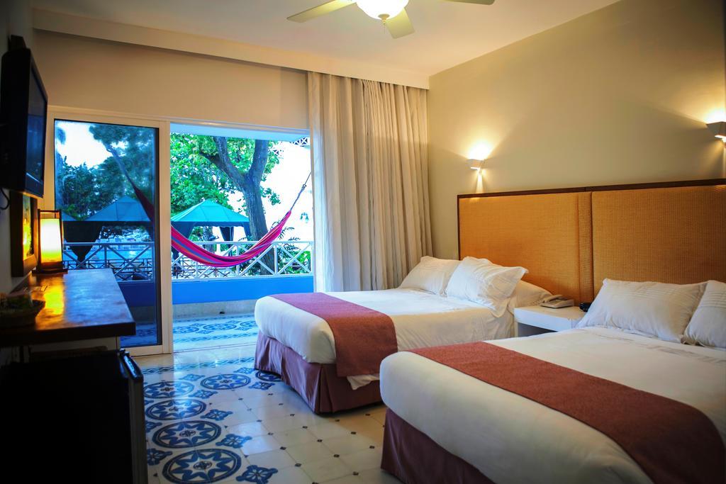 hotel-las-americas-casa-de-playa-habitacion