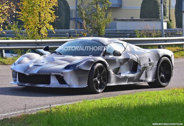 2023 - [Ferrari] LaFerrari II 65-D3-E246-C75-D-4-AFA-ADF0-26-F86-E7-F2-EE8