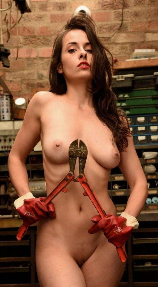 Voyeur-Flash-com-Sophie-Stage-nude-49