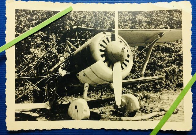 Foto-Wehrmacht-Russland-Front-plane-combat-crash-Beute-57