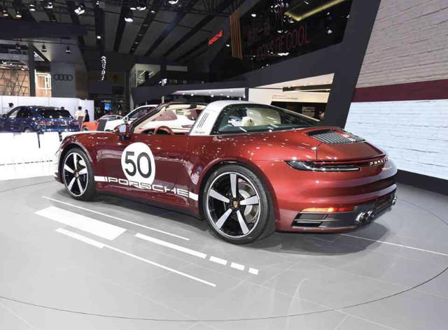 2018 - [Porsche] 911 - Page 22 571-D8767-A326-4-DBA-8-E6-E-D927-A6-FC4-FB5