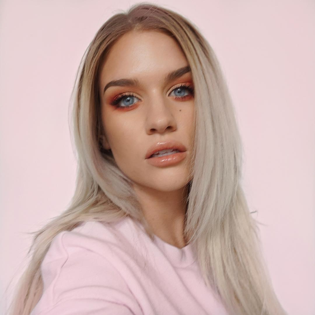 Samantha-Ravndahl-6