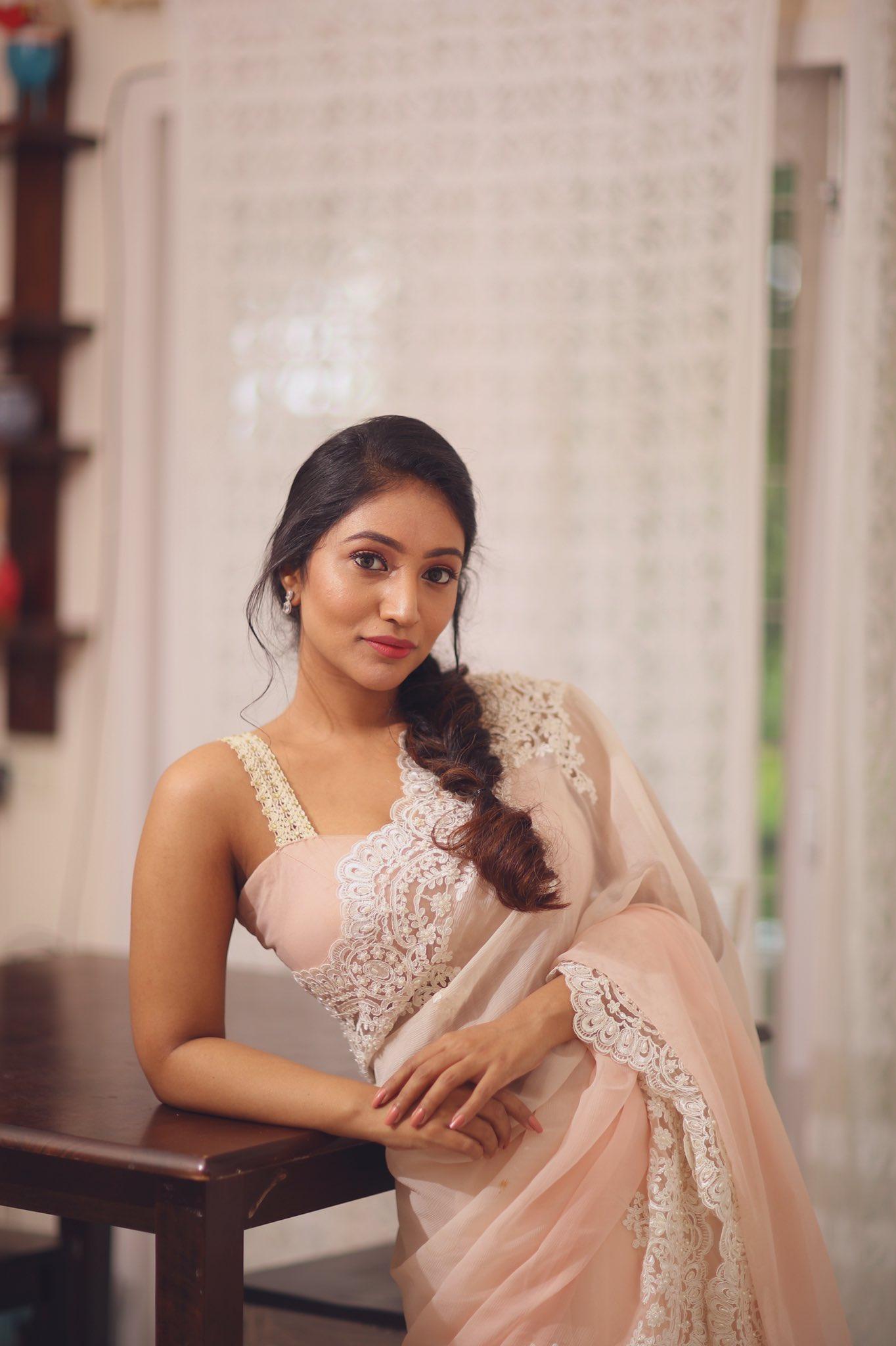 90 ML movie Actress Actress Bommu Lakshmi Latest hot