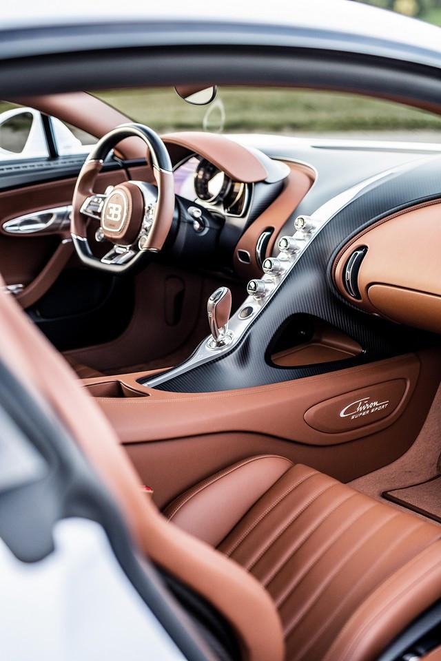 Bugatti Chiron Super Sport – la quintessence du luxe et de la vitesse  03-14-bugatti-chiron-super-sport-molsheim-interior-vertical