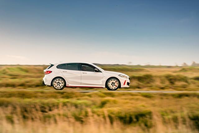 2018 - [BMW] Série 1 III [F40-F41] - Page 32 E7688-E10-F215-4-C40-9910-A49-FA996-B60-C