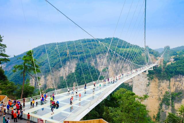 Scenic-Zhangjiajie-Grand-Canyon-Plus-Guilin-Yangshuo-Zhangjiajie