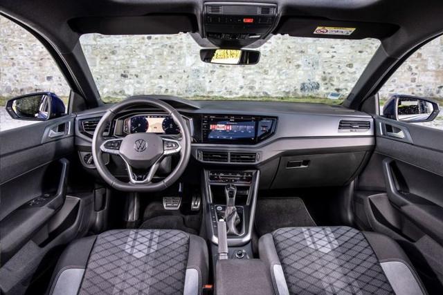 2021 - [Volkswagen] Polo VI Restylée  - Page 9 57162-A21-04-EA-4-A3-D-B061-B51-D80-A1961-C
