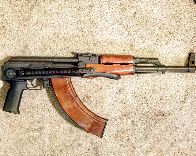 Want To Trade] Milled Hungarian AK63D  Make me a trade offer!