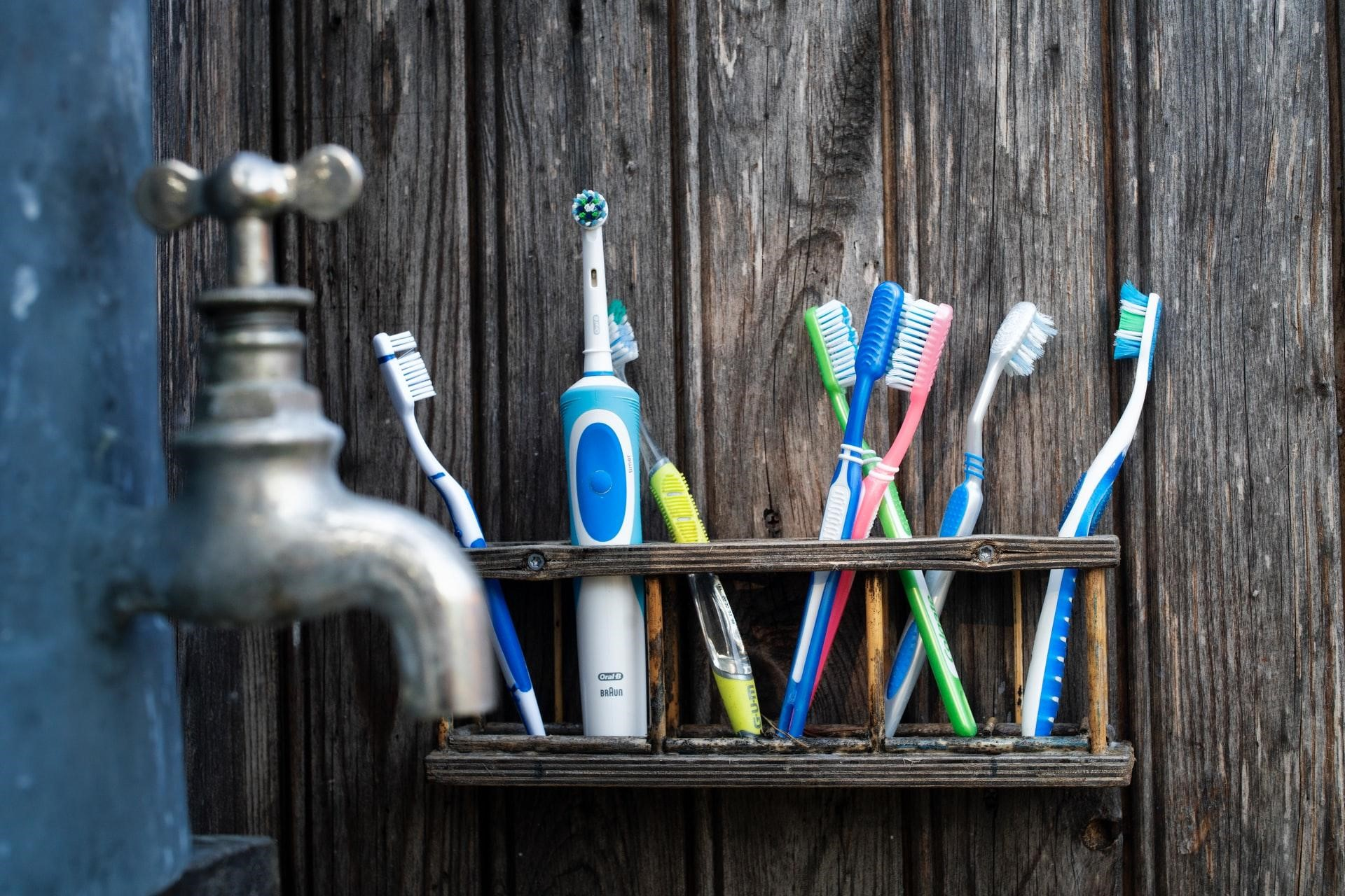 Which Type Of Toothbrush Bristle Should You Choose?