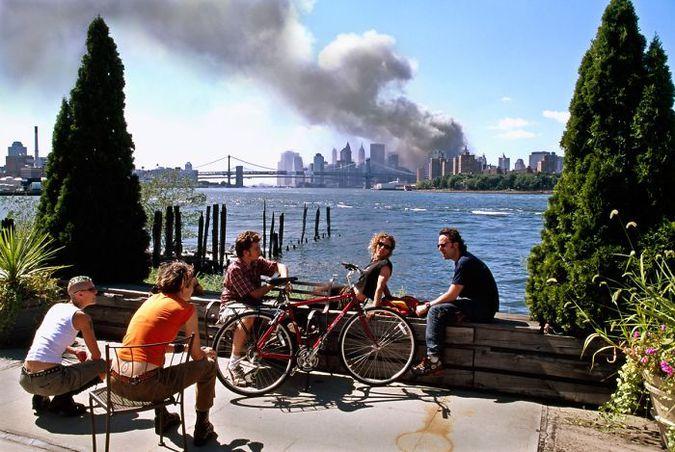 Редкие и трагичные: фотографии теракта 9/11, которые не все видели