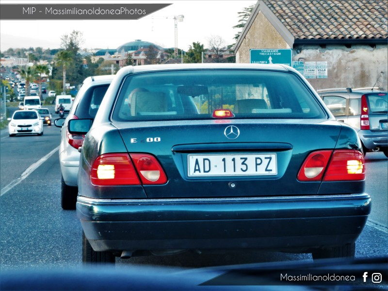 avvistamenti auto storiche - Pagina 15 Mercedes-W210-E-200-2-0-136cv-5-DICEMBRE-95-AD113-PZ-221-773-3-9-2018-4