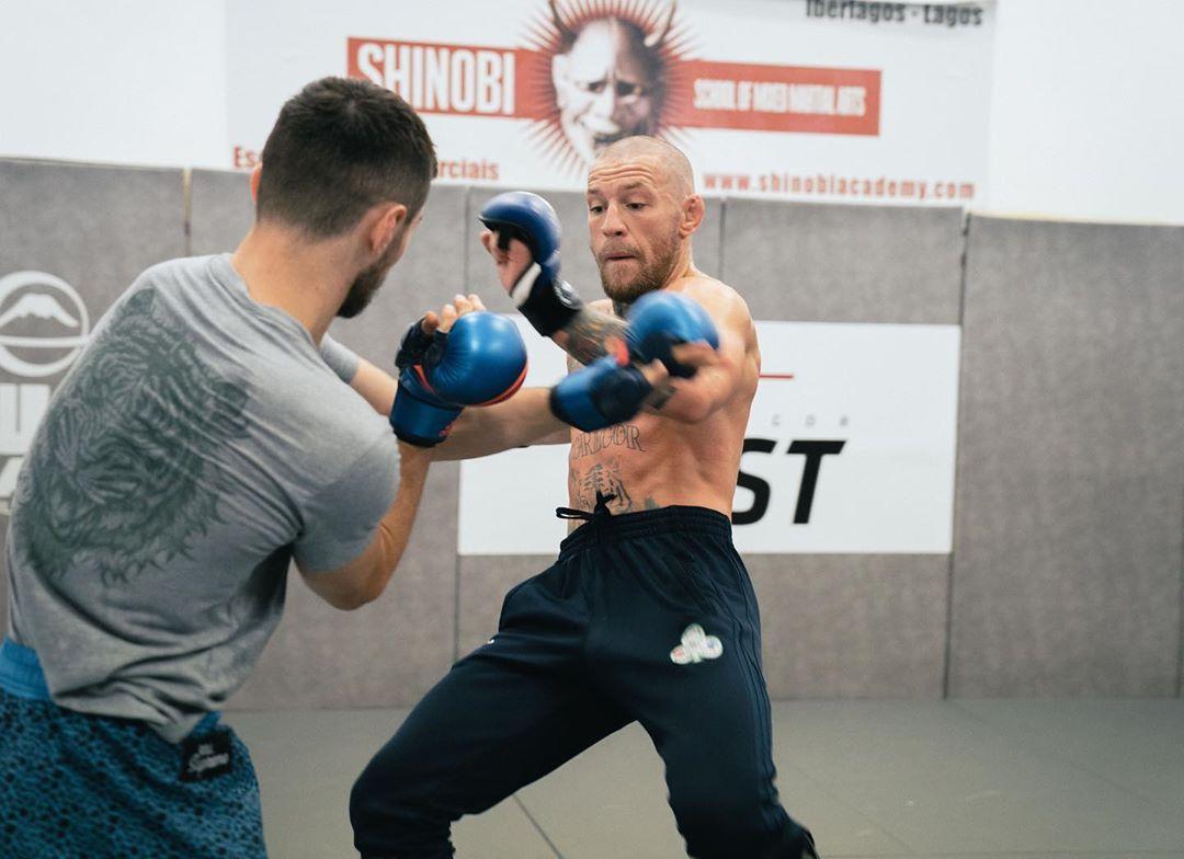 Конър Макгрегър продължава здравите тренировки
