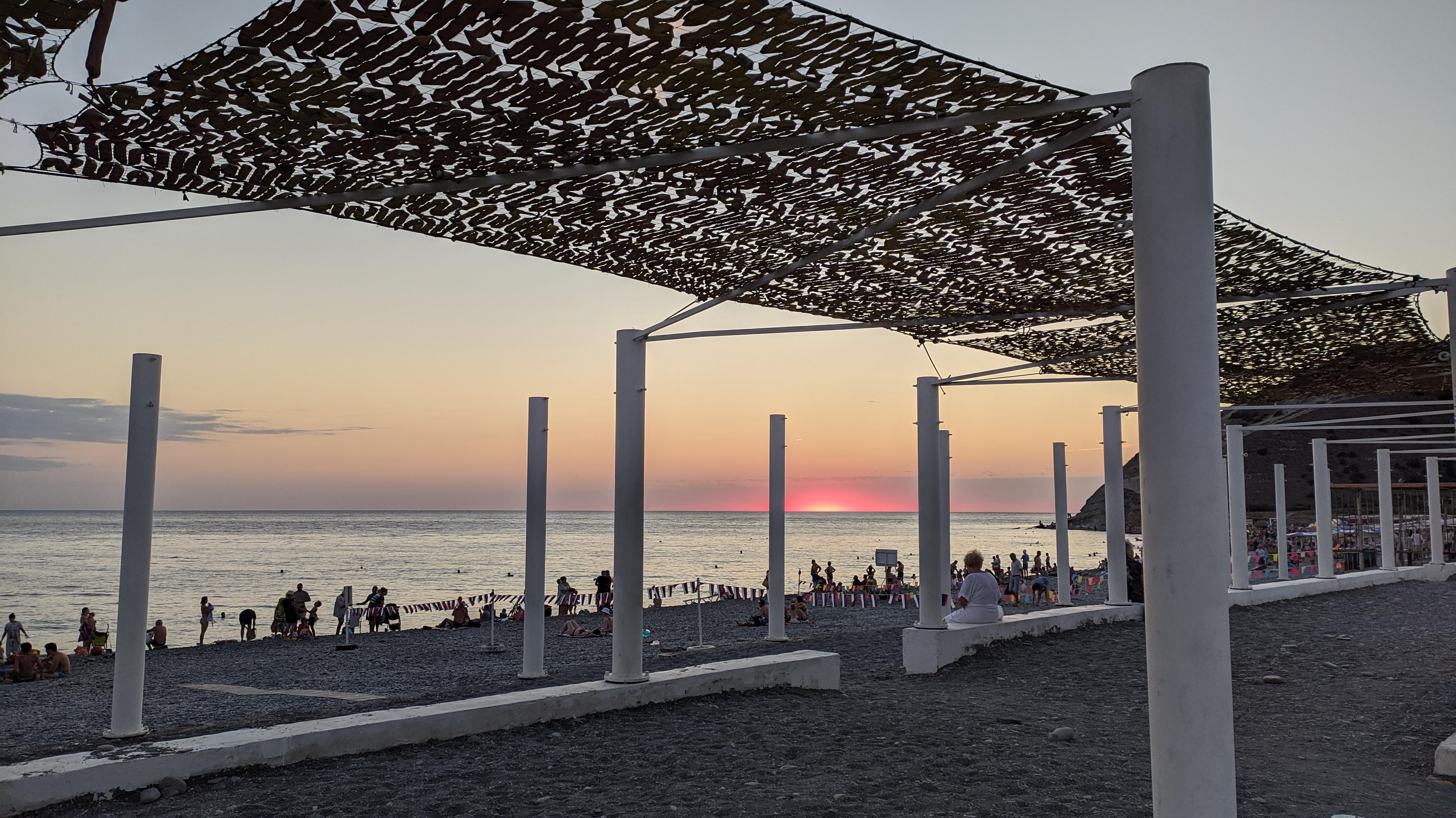 пляж Сукко на закате
