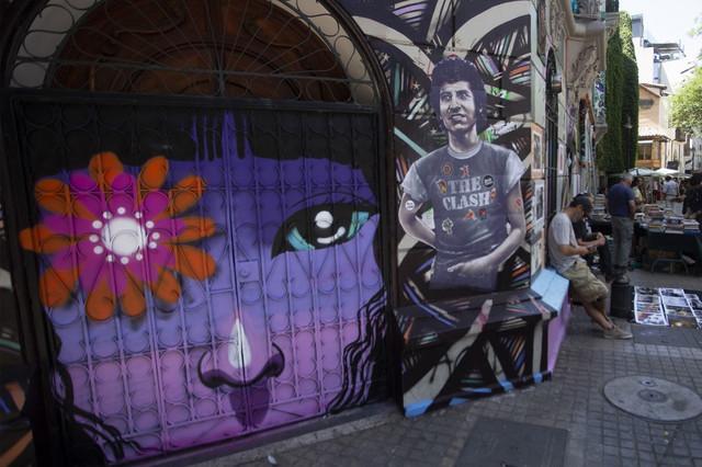 Chile-despert-un-tour-por-el-arte-callejero-inspirado-por-la-revuelta-AFP-3