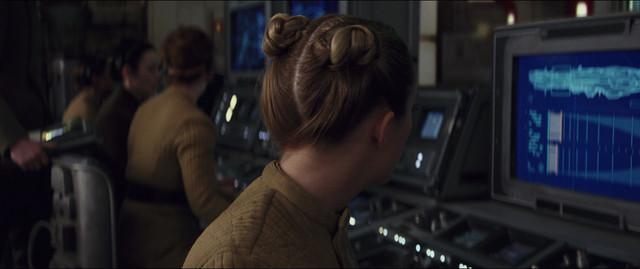 starwars-lastjedi-movie-screencaps-com-7352.jpg