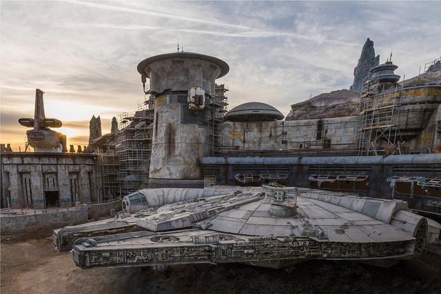 [Disneyland Park] Star Wars: Galaxy's Edge (31 mai 2019) - Page 21 MIL