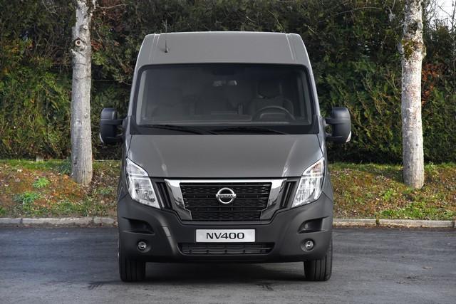Série limitée Made in France pour les fourgons Nissan NV250, NV300 et NV400  NISSAN-NV-400-02-source