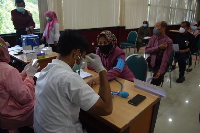 Vaksinasi Tahap ke II PTA Surabaya