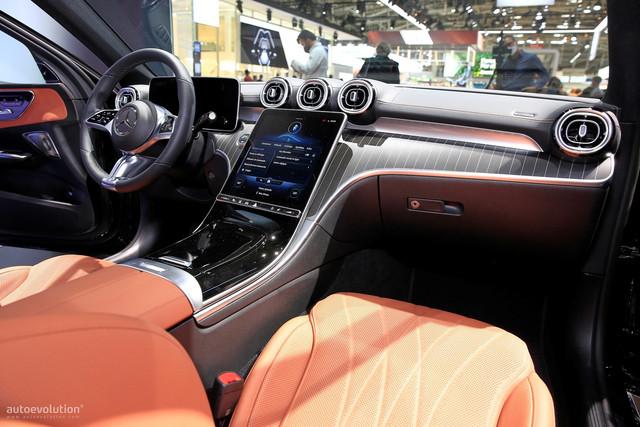 2021 - [Mercedes-Benz] Classe C [W206] - Page 18 94547-BD9-8-D95-486-F-9-F76-5036-B49-F8-BEA