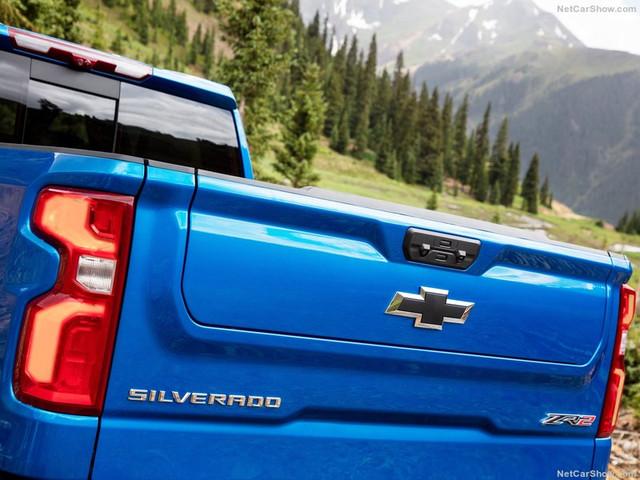 2018 - [Chevrolet / GMC] Silverado / Sierra - Page 3 5-A7-B4647-E7-DE-4250-8733-512-C1-B653586