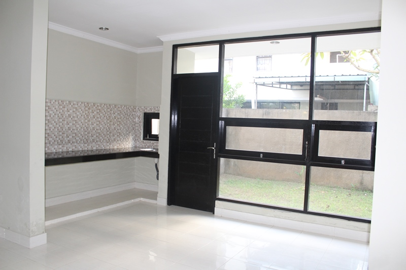 4 BEDROOMS MINIMALIST HOUSE - UNFURNISHED IN NUSA DUA - BALI