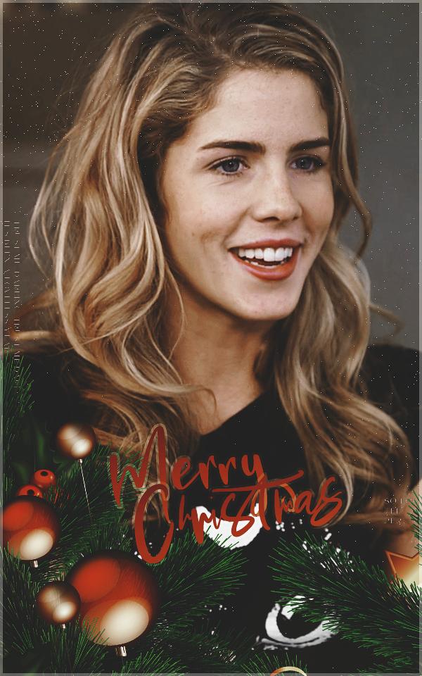 Emily Bett Rickards avatar 400*640 pixels - Page 2 Honeychristams